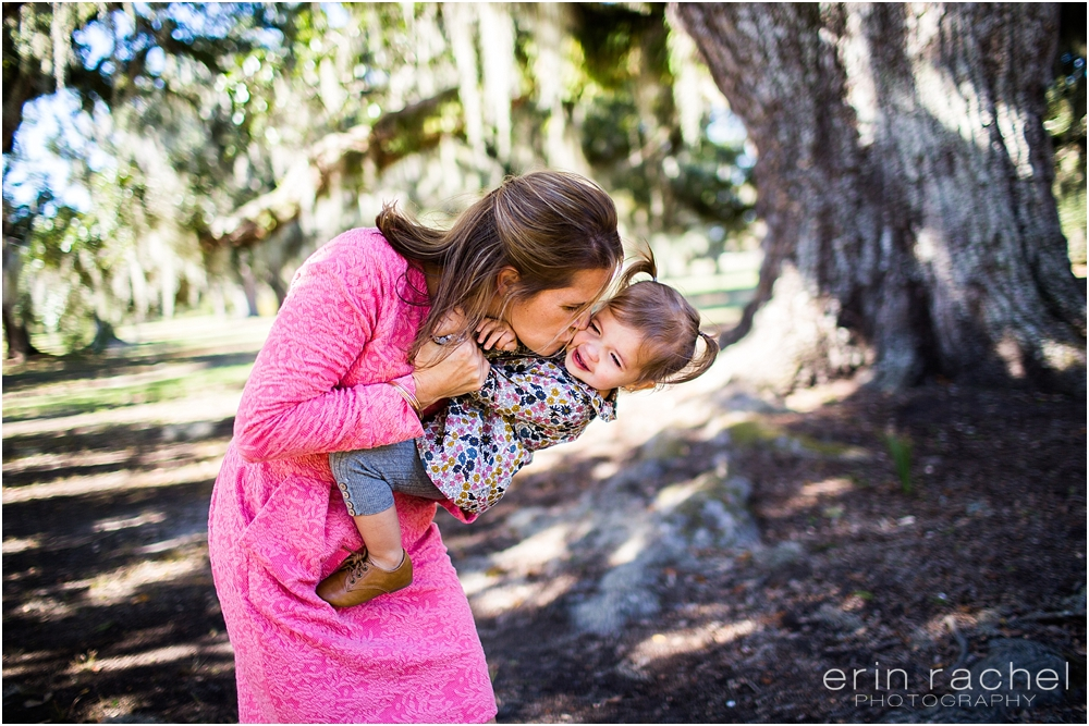 8 Tips for what to wear for a Family Portrait Session this Fall